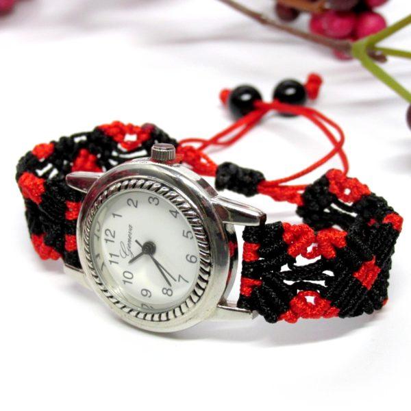 """Mosaic"" makramé karóra – piros-fekete"