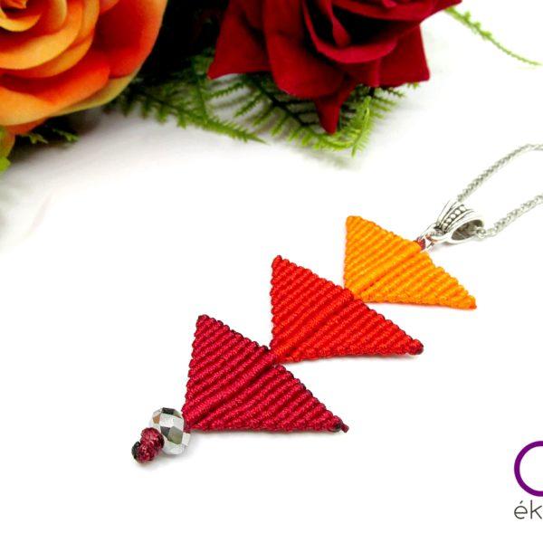 Tripla háromszög nyaklánc – piros